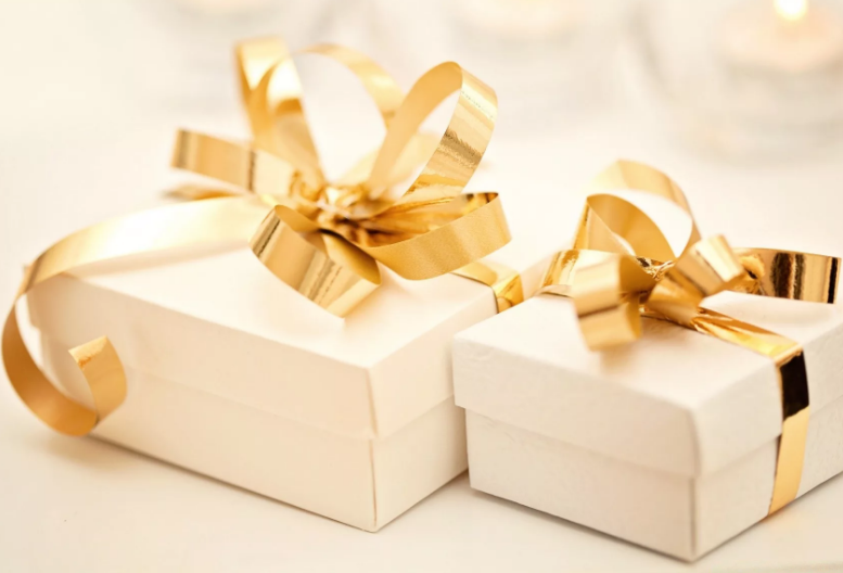 Дарим повод дарить подарки